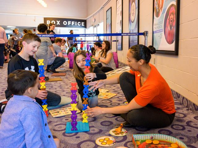 Kean graduate students provided sensory activities for children
