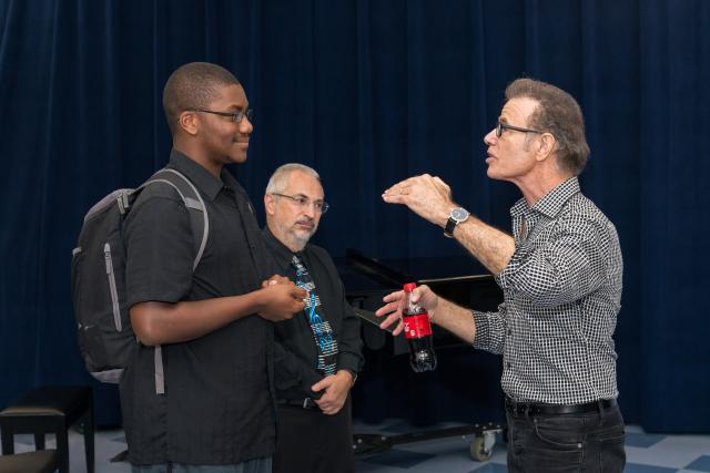 Alan Paul '71, '92H worked with students from Kean's Music Conservatory in a Master Class.