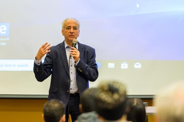 Norman Winarsky, Ph.D., co-inventor of Siri, describes the breakthrough in a lecture at Kean