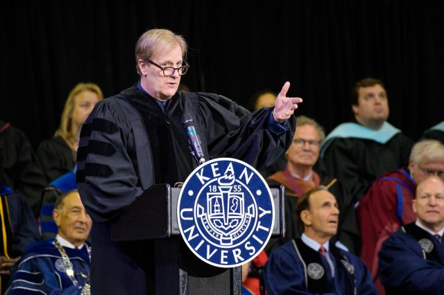 Actor Jeff Daniels speaks at Kean University's Undergraduate Commencement.