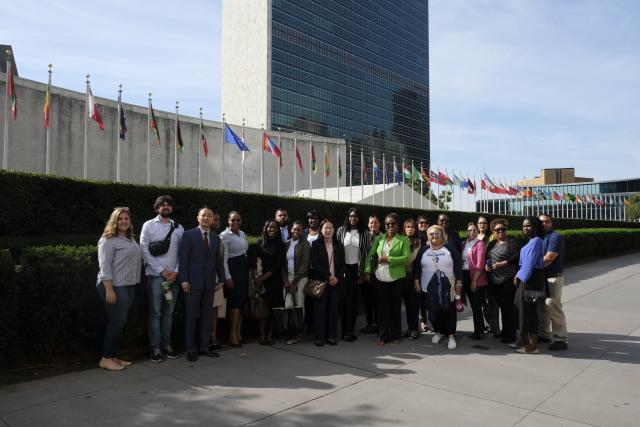 Kean students tour UN