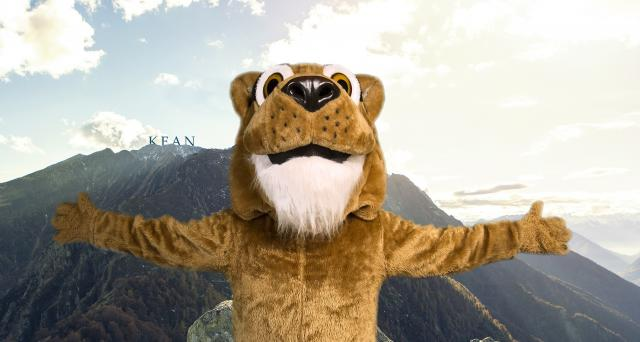 Kean Cougar with mountain backdrop